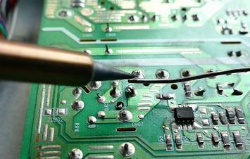 PCB soldering desoldering and rework